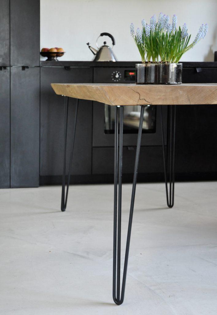 ARCH Tischbeine 03 707x1024 - Holz trifft Stahl | Die Geschichte eines Tisches