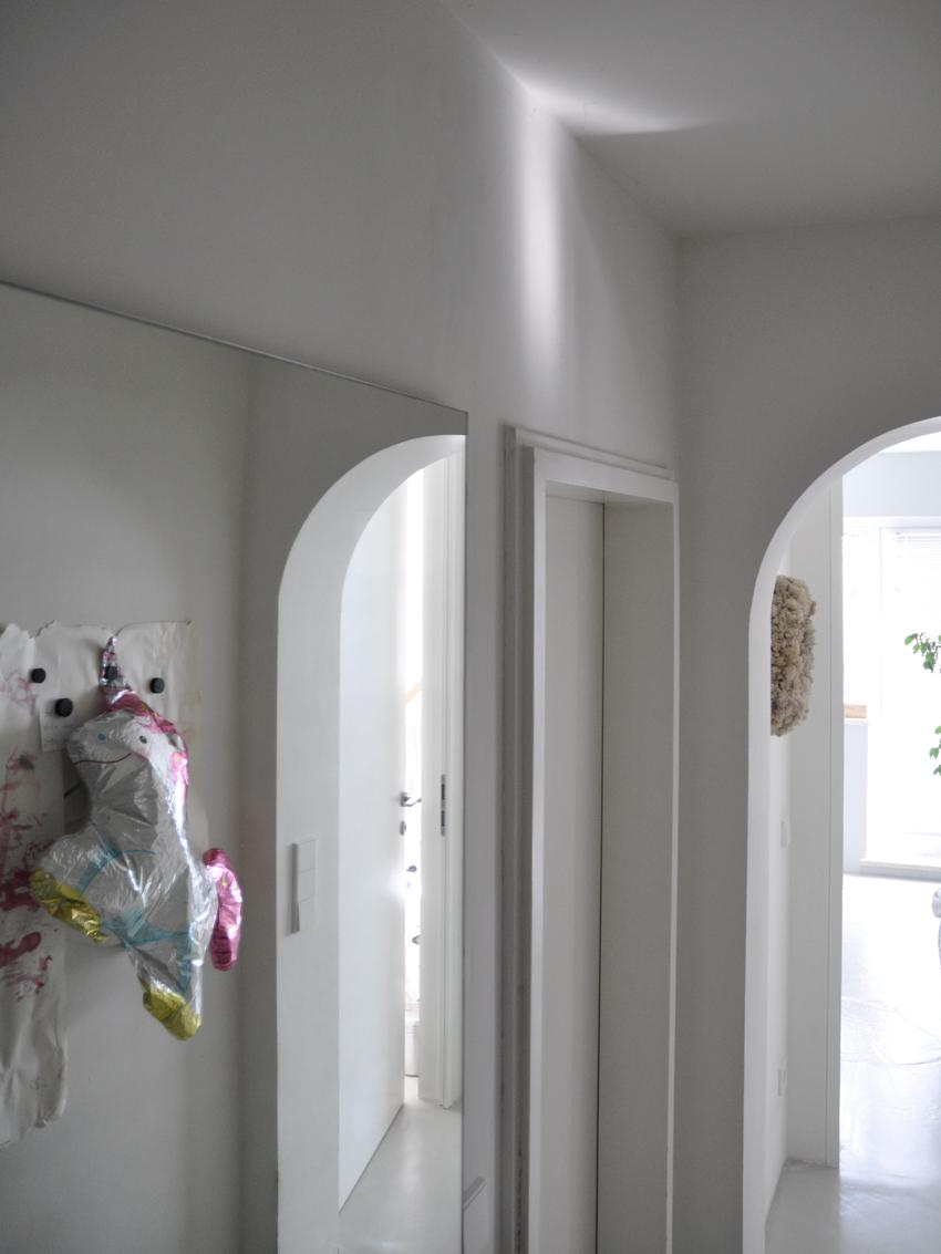 Architektur Flur Spiegel Lichtschatten Einhorn - Einen Flur richtig gestalten
