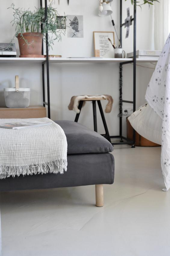 Buecherregal Sofa Arbeitsplatz platzsparend Wohnzimmer - Möbel richtig nutzen | unser intelligentes Bücherregal