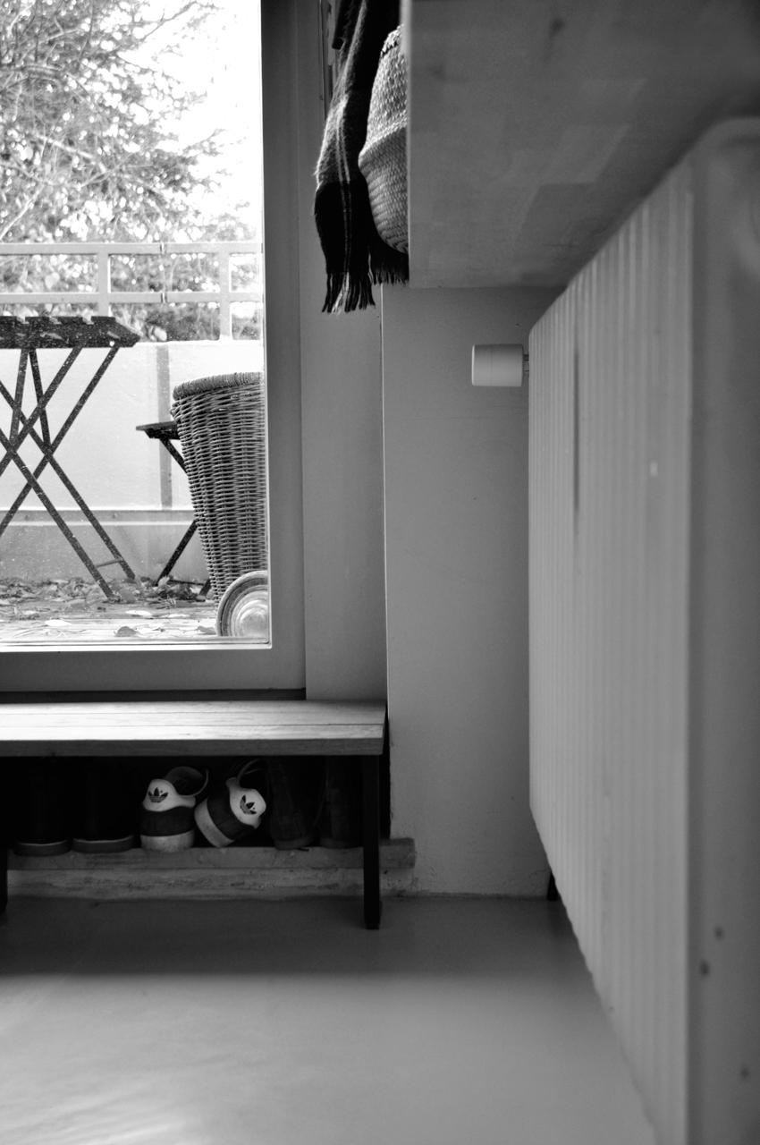 Hausflur Garderobe Terrasse Holzstufe - 3 in 1 | Unsere Schuhlösung auf kleinstem Raum