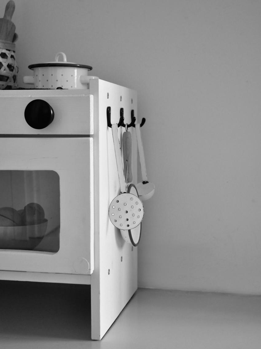 Ikea Hack Unsere Stylische Kinderküche A La Diy Rock My Day