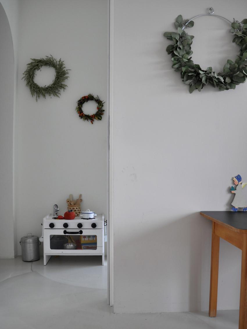 Kinderkueche Kinderzimmer Kränze Diy - Ikea Hack | Unsere stylische Kinderküche a la DIY