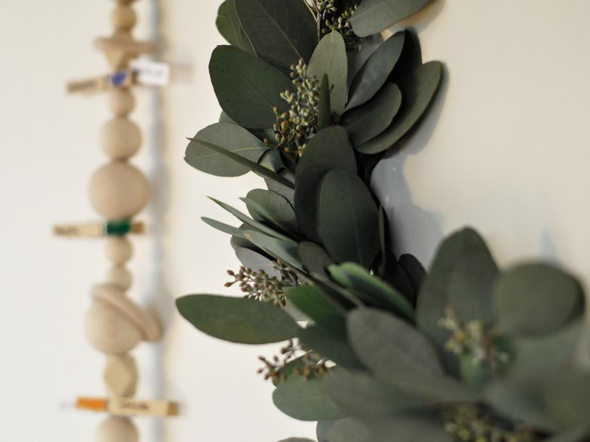 Eukalyptus Kranz Deko Kalender - DIY   Familienplaner mit Kids einfach selbst gestalten