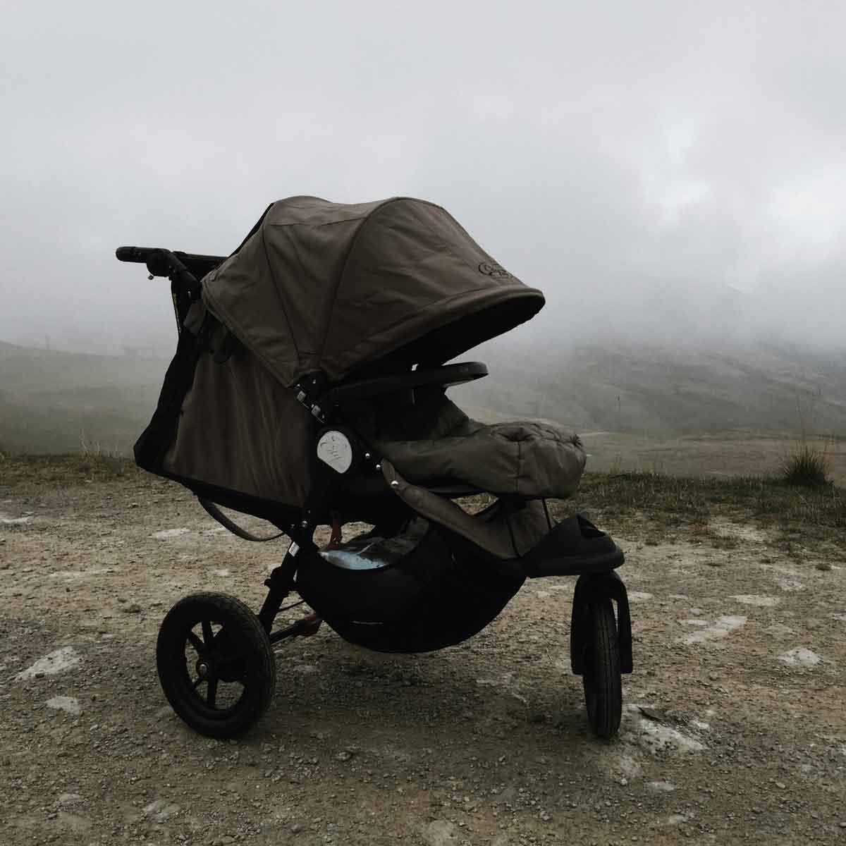 Babyjogger Kinderwagen Berg Nebel Bergsteigen - How we stoll | 4 Jahre mit dem Babyjogger