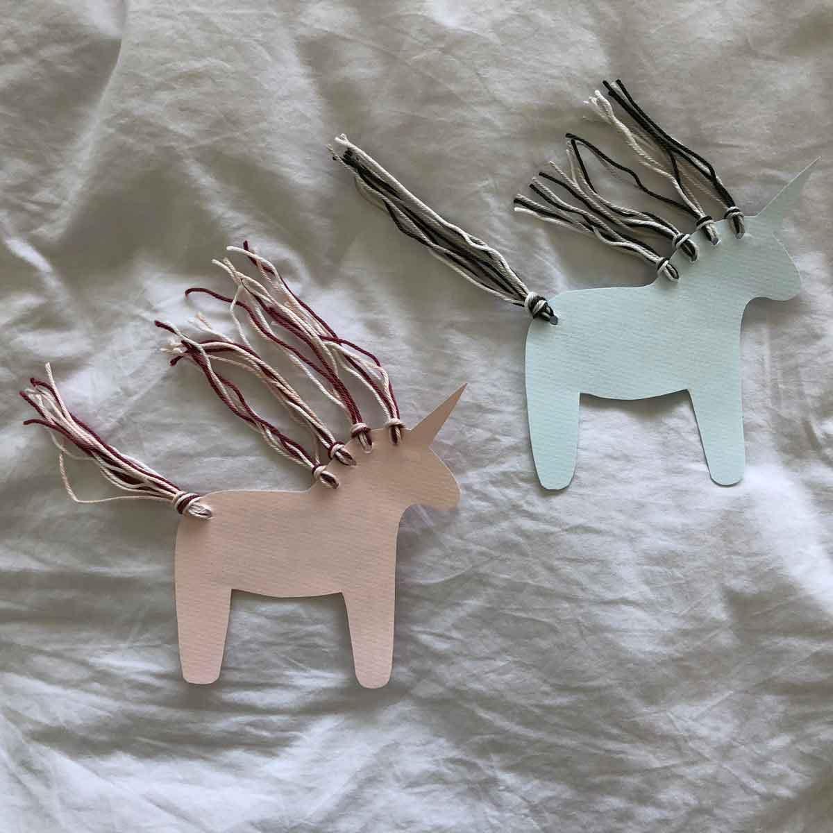 Einladung Geburtstag papier Einhorn leicht rosa blau Wolle - Kindergeburtstag | Von Einhörnern und dem Warten auf den großen Tag