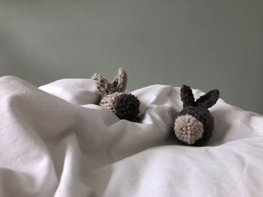 Osterhase Hase gestrickt waldorf einfach Kuscheltier Kuschelhase - DIY | gestrickter Osterhase | simpel einfach schön
