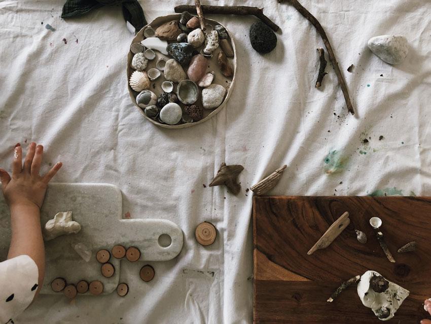 Modellieren Stoecke Muscheln Steine lufttrocknend Kinder - Entspannt basteln mit Kindern - 4 simple Tricks