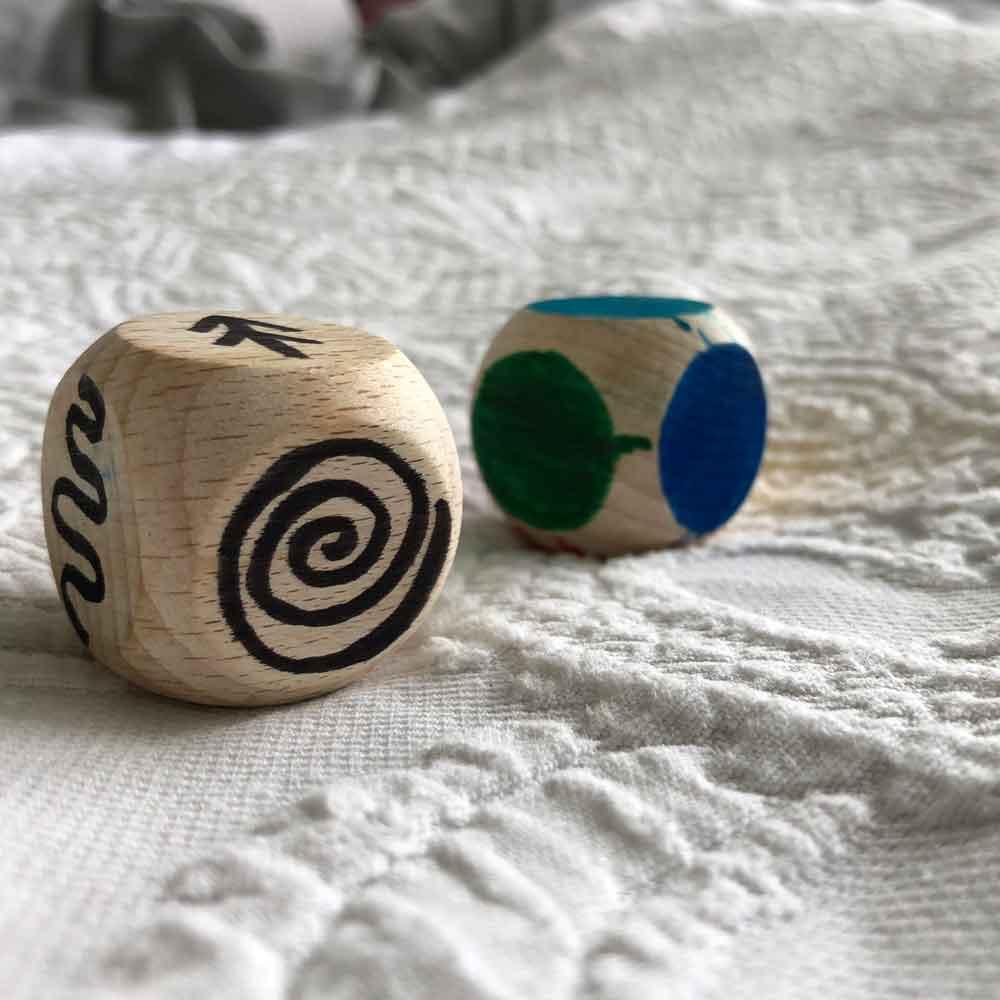 Shop 2018 Efco Holzwuerfel spielen malen 1 - DIY | Geschicklichkeit & Malspaß - 2 kleine schnelle Spielideen für unterwegs