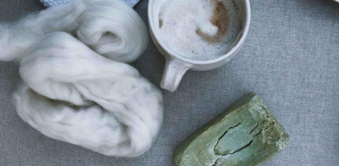 Filzen Filzwolle Kaffee Seife Naßfilzen 1080x530 - Grundkenntnisse im Naßfilzen mit Kindern