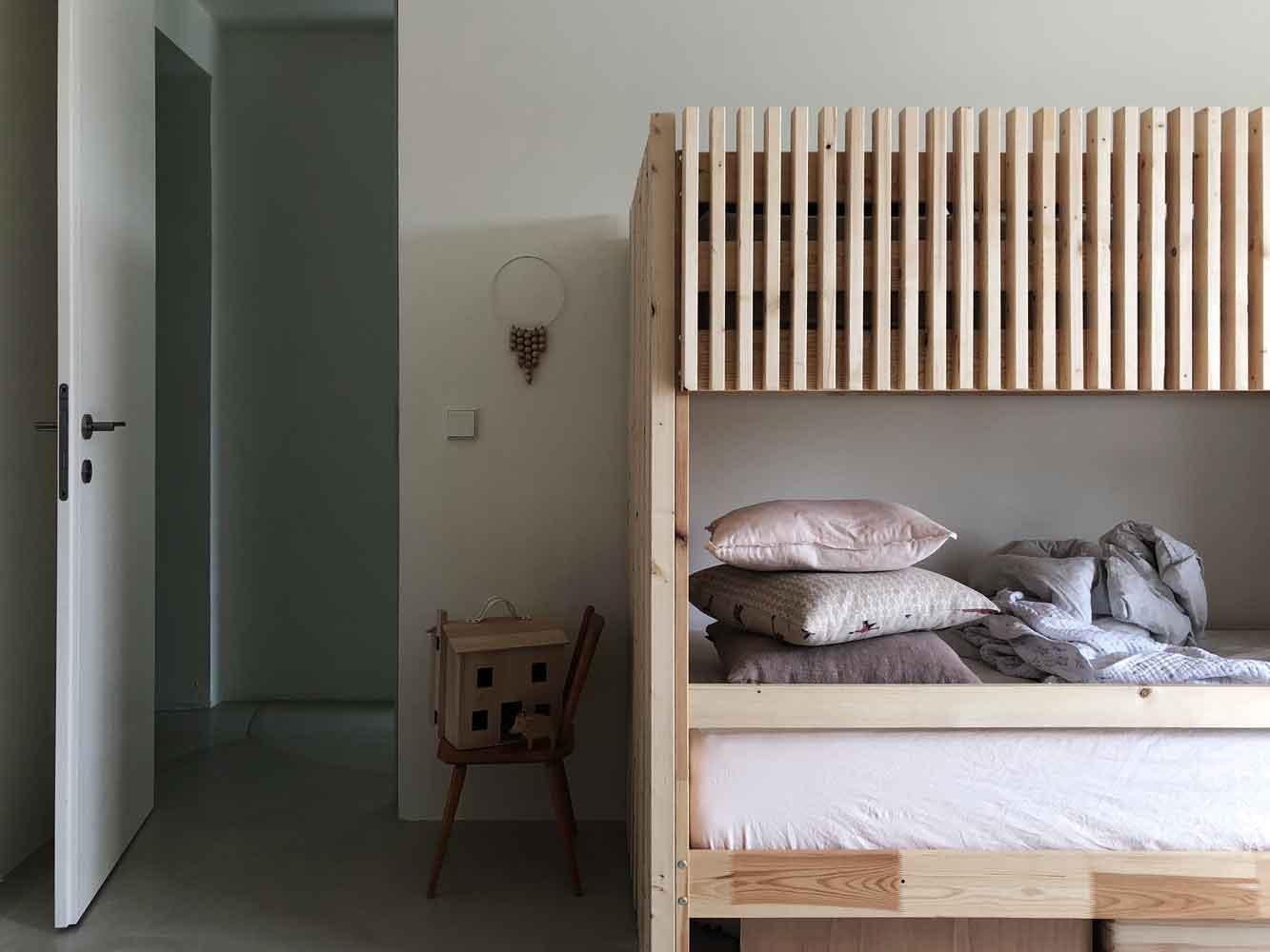Kinderzimmer Stockbett Puppenhaus Holz Holztier Ostheimer Wanddekoration - 5 Min DIY | eine schlichte Dekoration für´s Kinderzimmer