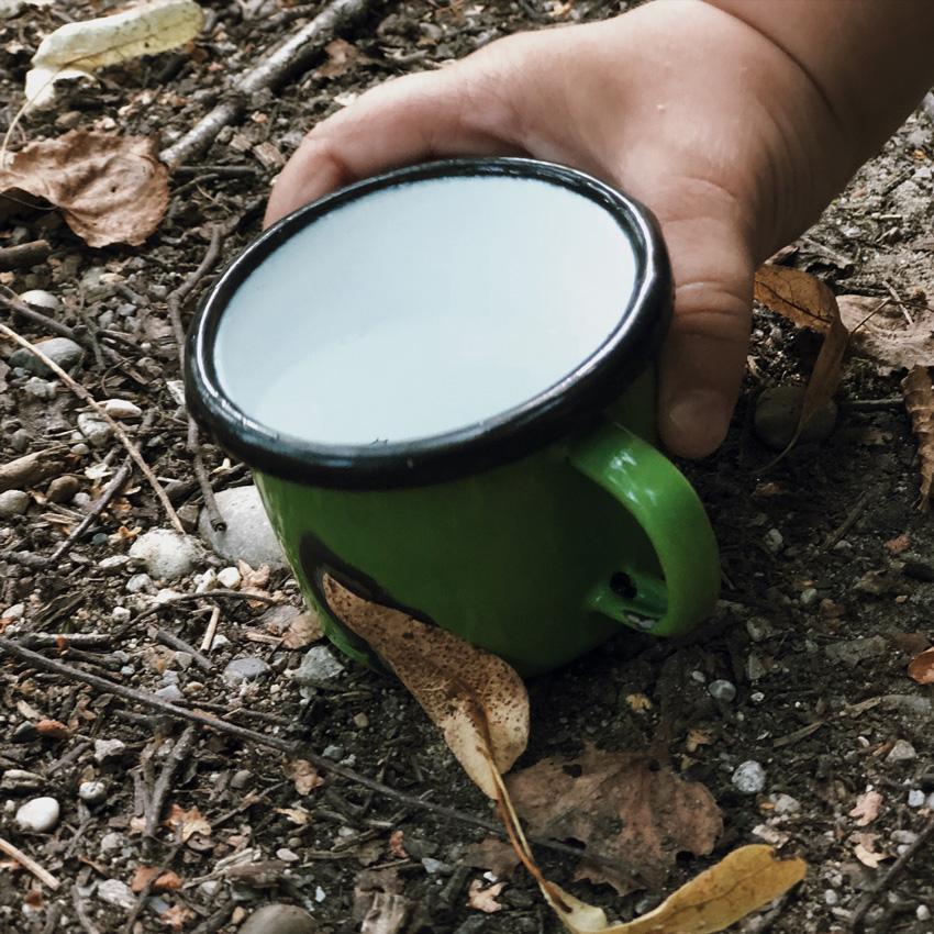 Tasse Melanin outdoor Becher Camping Kinder - Wenn Kinder im Haushalt helfen - selbstgemachte Putzmittel