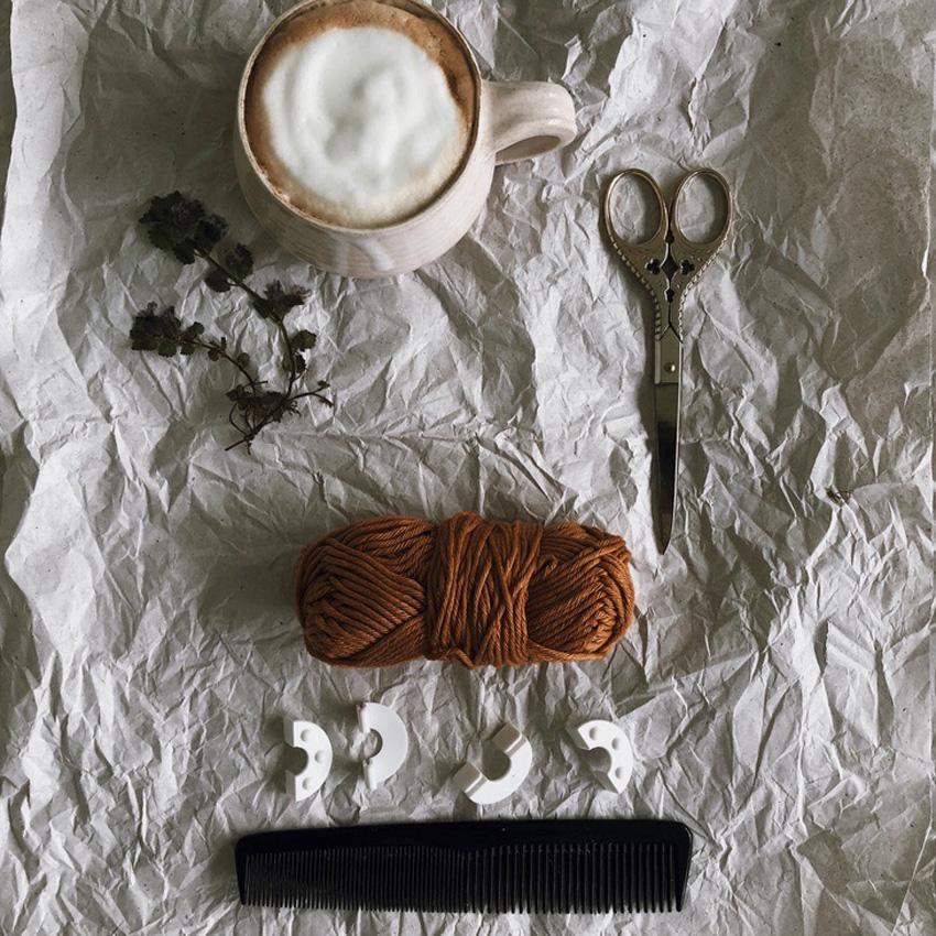 1 Pompom Wolle Schere Kamm - DIY | KW 35