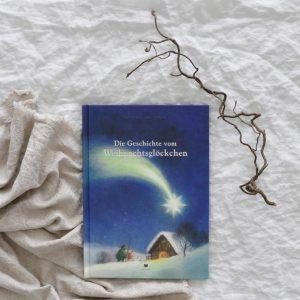 2018 Bohem Die Geschichte vom Weihnachtsgloeckchen Buch Seite Titel 300x300 - Die Geschichte vom Weihnachtsglöckchen