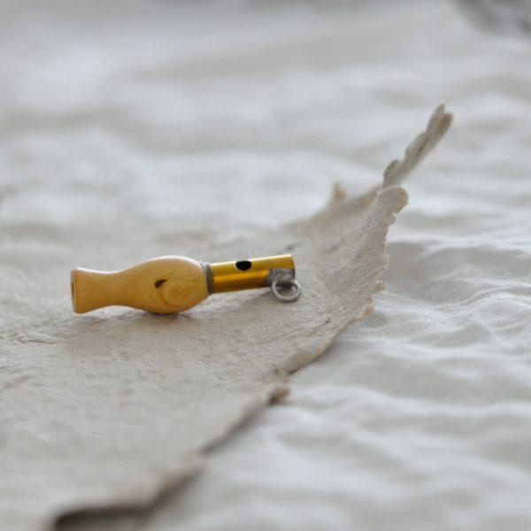 2019 Gico Vogelpfeife Pfeife Singdrossel nah seite 600x600 - Vogelpfeife | Singdrossel