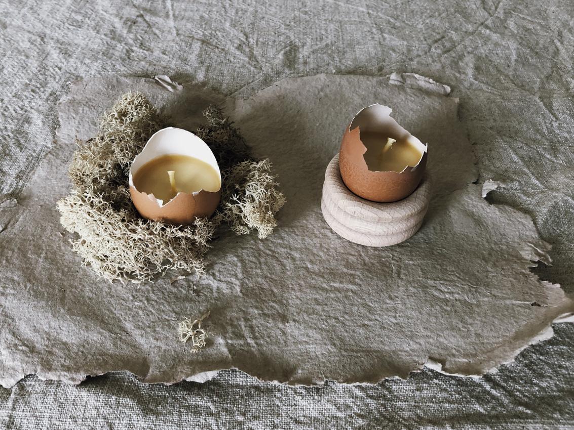 coffee DIY Eierschalen Kerzen Bienenwachs Kerzen gießen upcycling Eierbecher Holz Titel - DIY | Kerzen aus Eierschalen für einen wundervollen Start in den Frühling