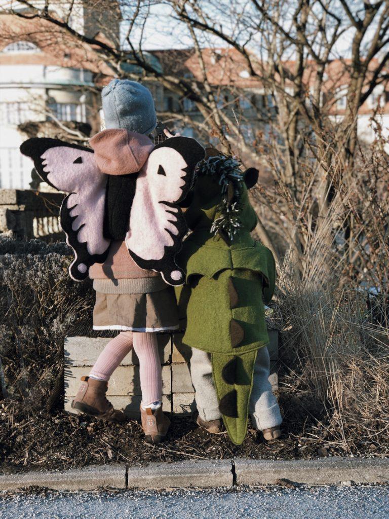 rockmydayDIY Kostuem Drache Schmetterling Fluegel Wolle nachhaltig Schnittmuster 03 768x1024 - DIY | zarte Schmetterlingsflügel inkl. Schnittmuster