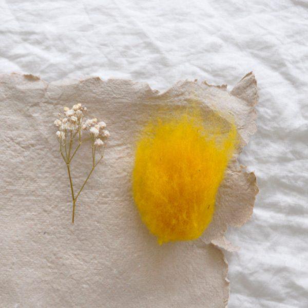 2019 Filges Schafschurwolle gelb 600x600 - Schafschurwolle zum Filzen | gelb