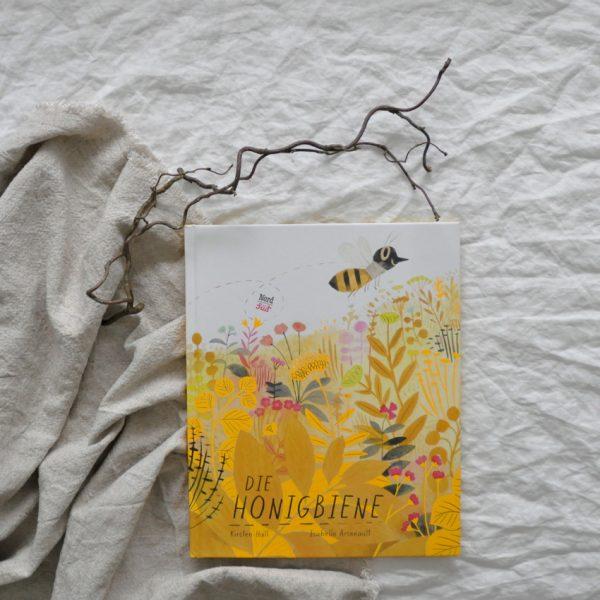 2019 NordSued Die Honigbiene nah Titel 600x600 - Die Honigbiene