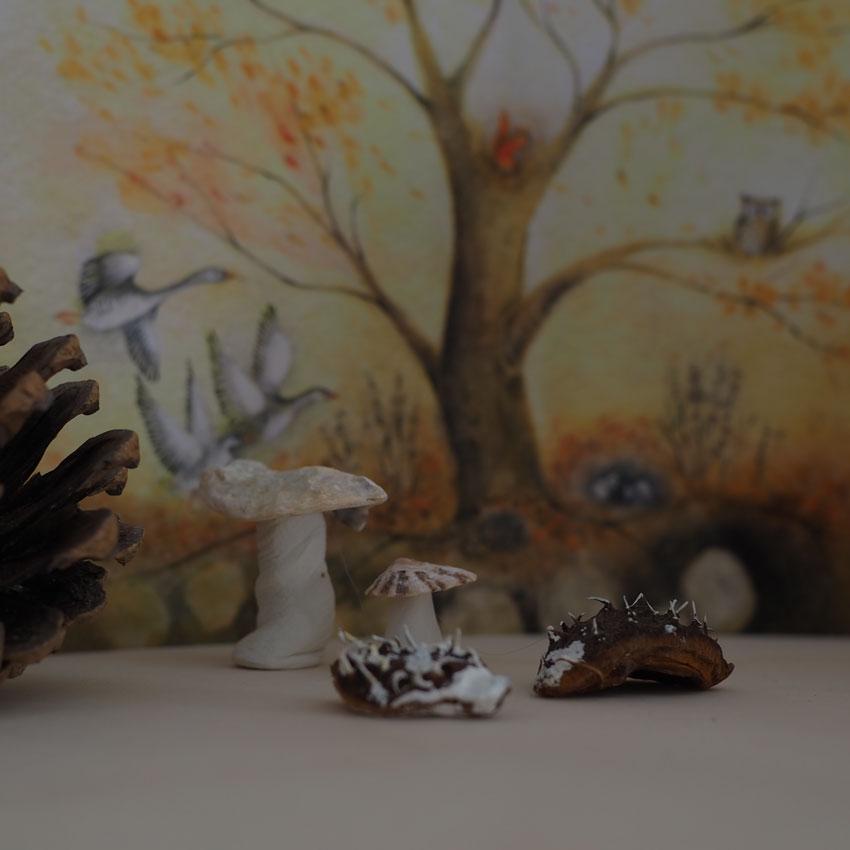 Jahreszeitentisch Herbst Pilze Igel Karte - Im Herbst | sammeln, leben, erfahren